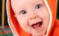 A che mese spuntano i primi dentini?