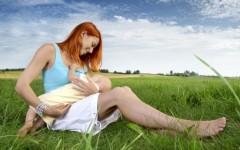 10 consigli indispensabili per allattare al seno in estate